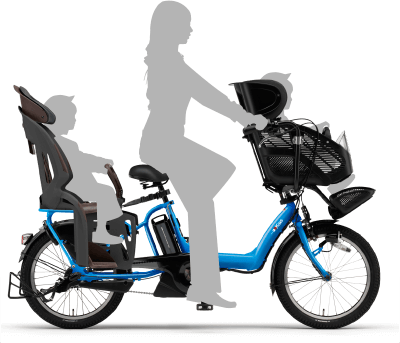 自転車に乗った母親と子供