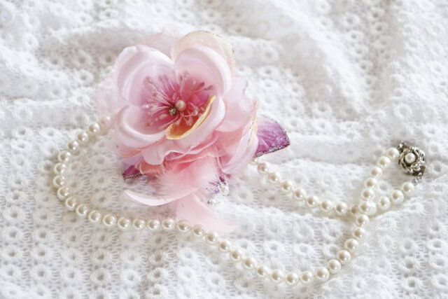 corsage_pearl